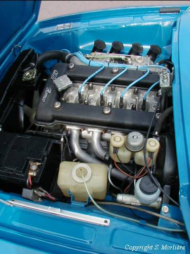 Alfa Romeo Junior Zagato engine bay